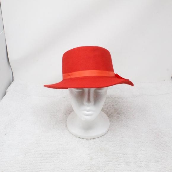 6ef8bccc4 Effanem 100% Wool Crusher Hat Red Size M